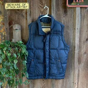 Hollister Men's Navy Puffer Vest